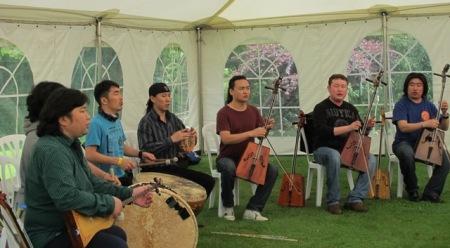 Anda Union - bringing the music of bygone Mongolia to Tikorangi.