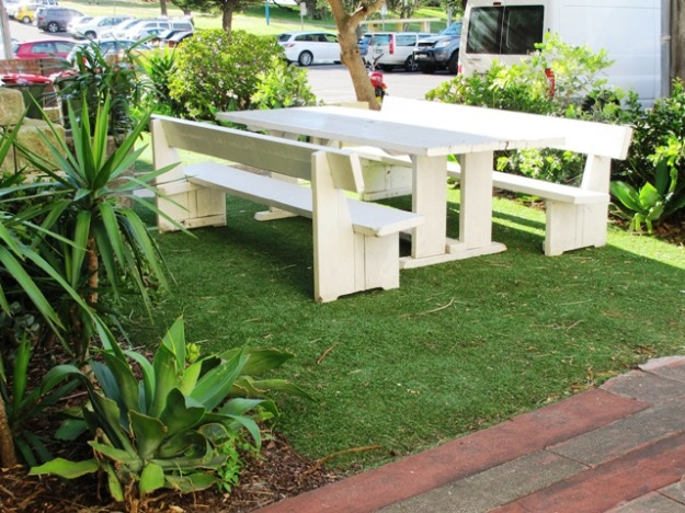 Synthetic grass has come a long way in recent years and can look surprisingly like the real thing. In a few circumstances, it may even be a better option.