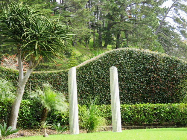 Garden lore – three hedging ideas for 2015 | Tikorangi The Jury Garden