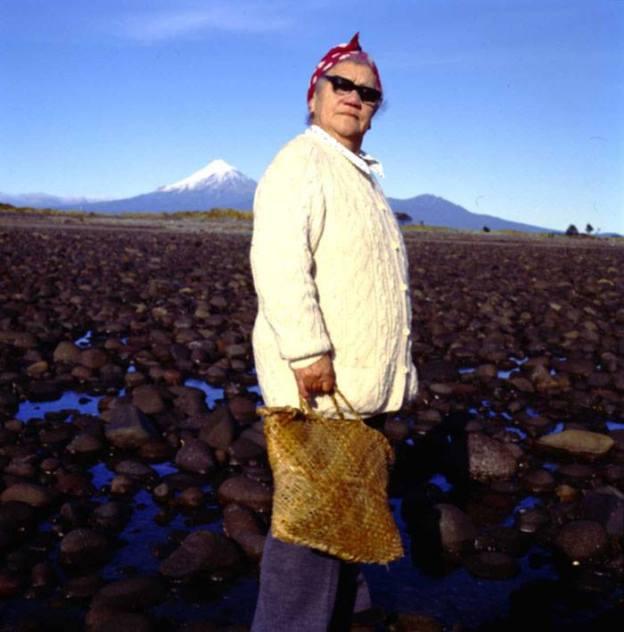 Auntie Ivy – Werenia Papakura Kipa. 1982. Photo credit Fiona Clark